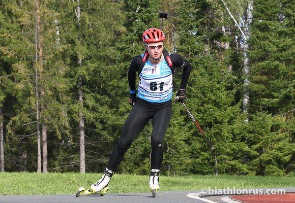 Индвидуальную гонку начемпионате Российской Федерации полетнему биатлону выиграла Слепцова