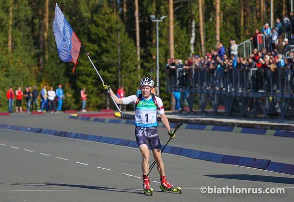 Биатлонисты Корнев, Сучилов, Боярских иВолков выиграли эстафету налетнем чемпионате Российской Федерации