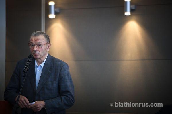 Виктор Маматов на тренерском совете, март 2017 г.