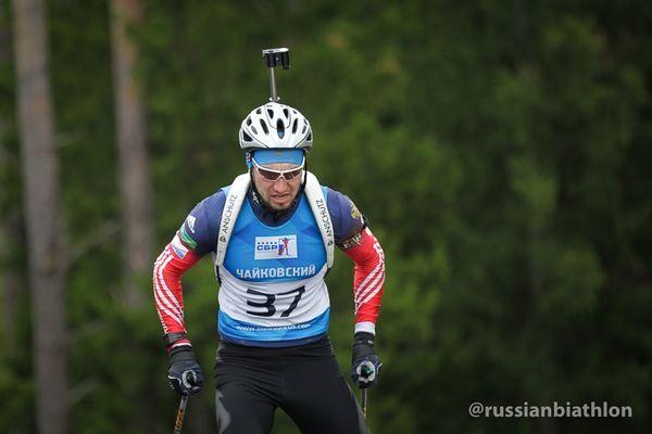 Логинов упал во время индивидуальной гонки на летнем чемпионате России и получил тяжелую травму
