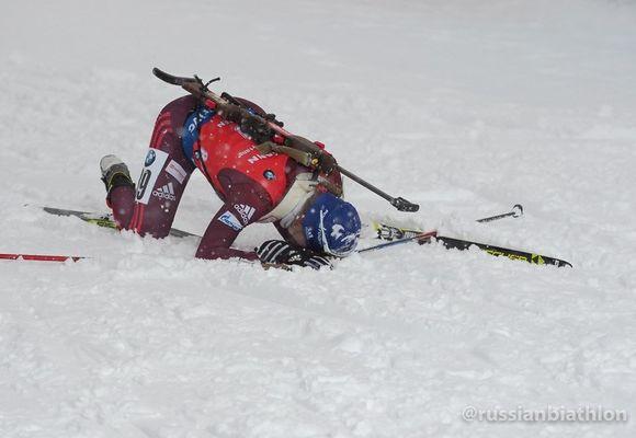 Домрачева выиграла спринт вХохфильцене, Миронова угодила в 10-ку